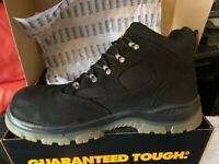 mens size 11 DeWALT steel toe cap work boots