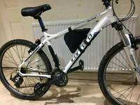 Fantastic 26inch CARRERA valour mountain bike in good condition all fully working
