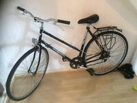 Falcon Black diamond vintage lady bike