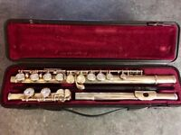 Yamaha Flute with Hard Case and Books