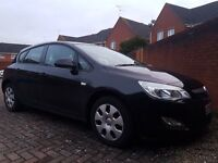 VAUXHALL ASTRA 1.4I EXCLUSIVE , BLACK , LOW MILEAGE , EXCELLENT CONDITION , 5 DOOR