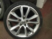 """ASTRA VXR ALLOY WHEEL SINGLE 19"""" £85 ONO INC TYRE ( HAS BEEN REPAIRED )"""
