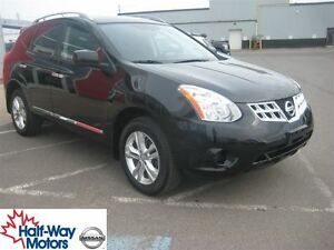 2013 Nissan Rogue SV | Tons of Cargo Options!
