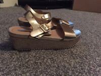 SiZe 4 gold wedge sandals