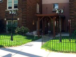 Bold Street Apartments - Large Bachelor Apartment for Rent
