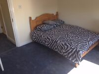 Double bedroom for rent in a Muslim house in Seven Sister area