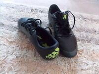 SIZE 4 ADIDAS ACE BLACK/GREY WITH MOULDED STUDS