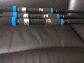 very good carp starter set up 3x rods 3x baitrunner reels and pod