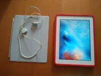 iPad 32GB - White/Grey