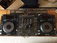 Pair of Pioneer CDJs 850's with flight cases