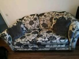 Alston 3-2-1 fabric suite