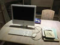 Apple Mac Computer G5 Complete with Keyboard, Mouse & Accessories