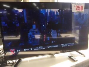 "INSIGNIA 48"" LED TV 1080p (NS-48D510NA17)"