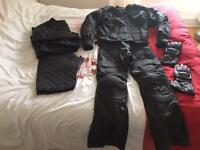 """Full motorbike outfit Men's M 32""""W with gloves and inserts textile jacket trousers suit"""