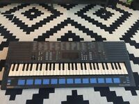 Yamaha Portasound PSS-680 synth/ keyboard