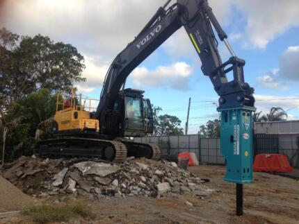 Earthmoving. Dams. Hardstands. Basement excavation