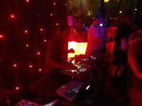 Experienced Club or Bar Party DJ