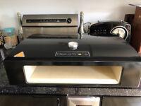 BakerStone BBQ Pizza Oven Box Basics Black Countertop Barbecue