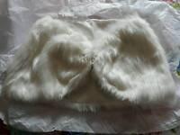 Ivory fake fur shawl