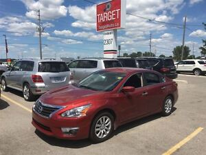 2013 Nissan Altima 2.5 S 4 Cylinder Great on Gas Very Clean and