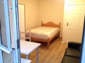 Great rooms in Elephant & Castle and Limehouse
