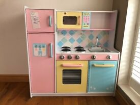 Multi-coloured Children's Wooden Play Kitchen pre-owned in good condition