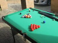 Snooker/Pool tale All balls included