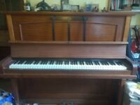 Upright piano - ASAP - Buyer collects - Full working condition