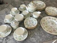 Minton 'Vanessa' China Dinner and tea service x6