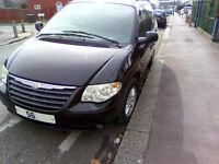 2006 56 CHRYSLER VOYAGER 2.8 CRD LX AUTO BLACK - ELECTRIC DOOR SAT NAV / SCREENS / DIESEL/ 133K MILE