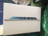 White Apple iPad Air 32gb