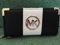 """Michael Kors"" purse. Brand new. Unwanted gift."