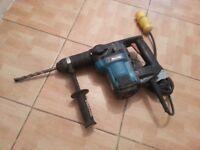 MAKITA HR3000C 110v ROTARY HAMMER DRILL BREAKER