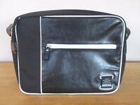 Voi Jeans Black & White Messenger Bag