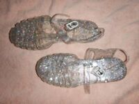Girls Clear Sparkly Jelly Shoes/Sandals Size 1 little used.