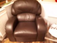 Leather reclining armchair in excellent condition