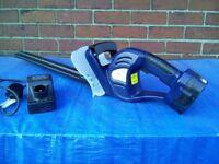 18 volt Cordless Hedge Trimmer