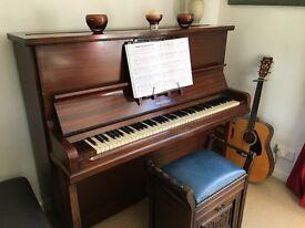 Rheingold upright piano