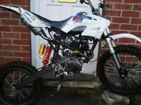 dirt pit bike crosser off road 250cc very fast gy cg £450 ono not 125 110 140 150 ktm kx yz rm crf