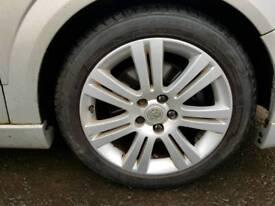 """Vauxhall 17"""" alloys"""