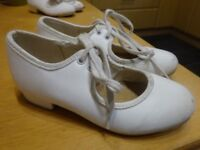 Starlight Tap Shoes - White Size 9