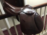Lovely brown 17 inch Mark Todd GP saddle