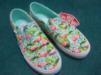 Ladies Vans Asher Slip CVS Slip Flamingo Mint. Size 4 UK