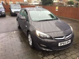Vauxahll Astra Design 1.4 Petrol ** Ultra Low Mileage**