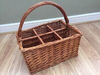 6 bottle wicker wine basket