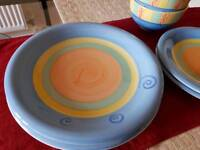 Set of 2 dining plates & bowls
