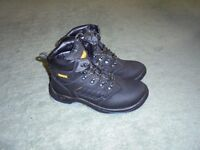 Dewalt Waterproof Safety Boots Size 8