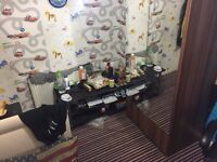 Offering a single room rent for temporary/parmanent