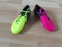 Girls 11.5 Puma Football Boots