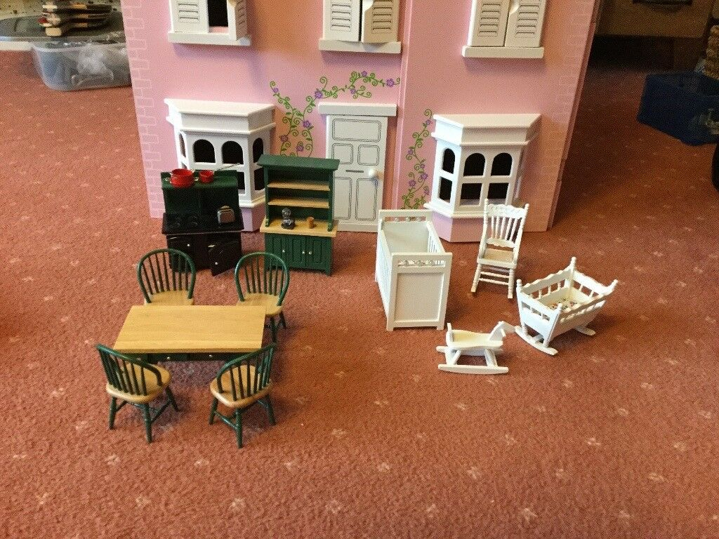 Dolls House furniture and people